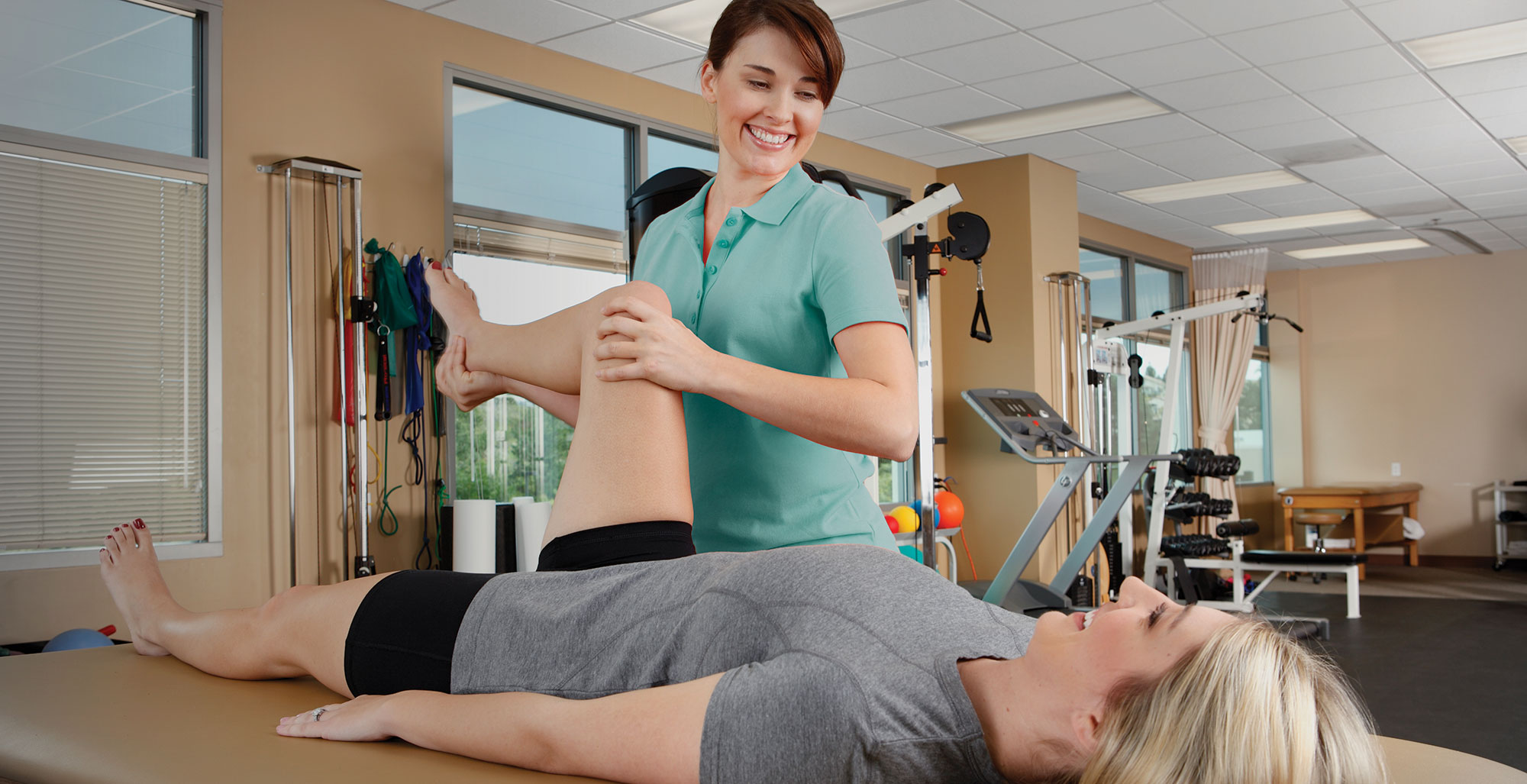 Leg therapy in a clinic